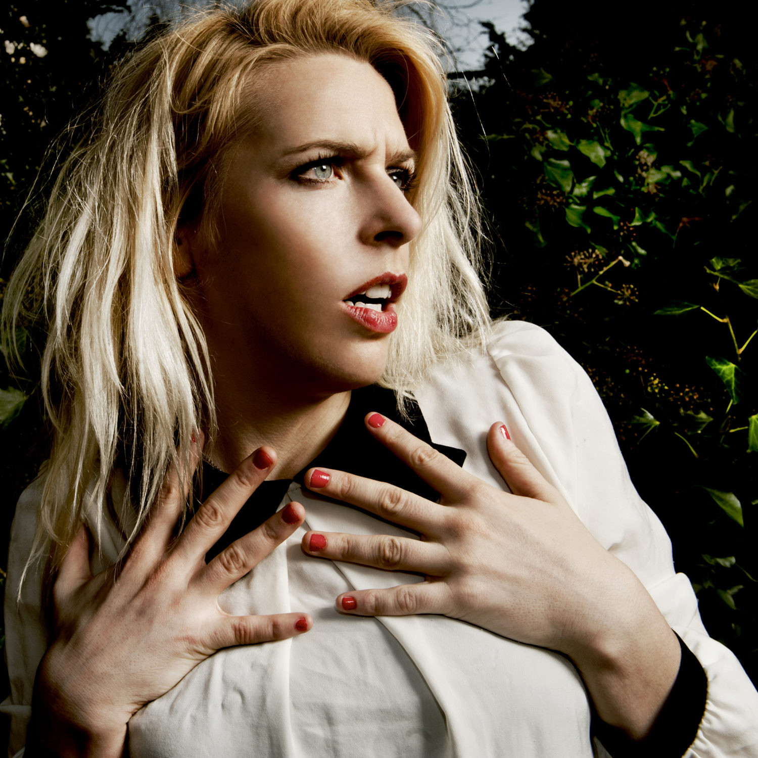 SARA PASCOE | Q&A • Buzz Magazine: www.buzzmag.co.uk/uncategorized/sara-pascoe-qa