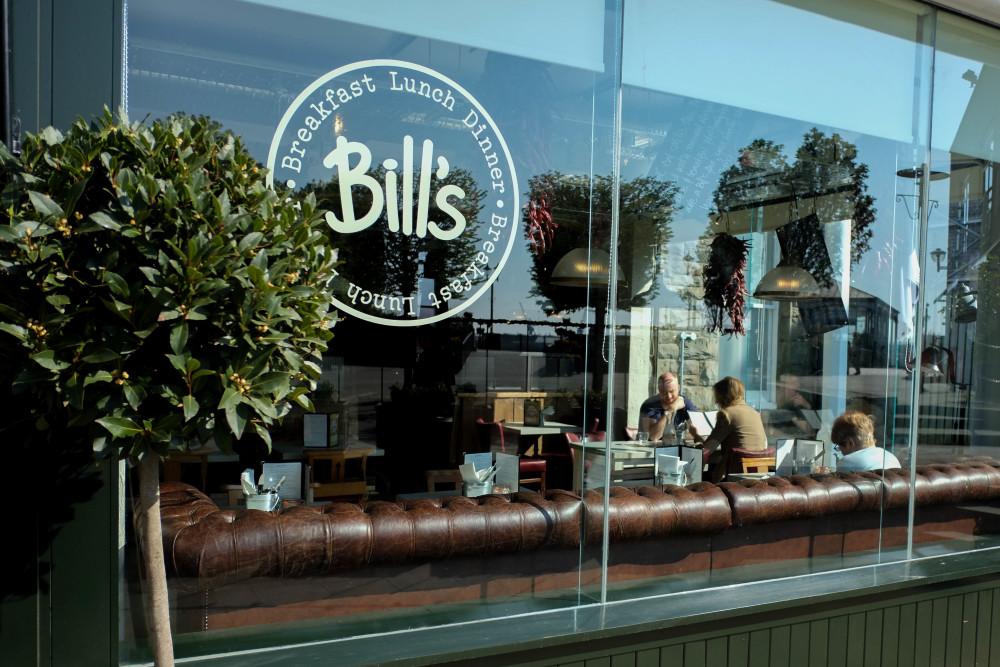 BILLS | FOOD REVIEW • Buzz Magazine