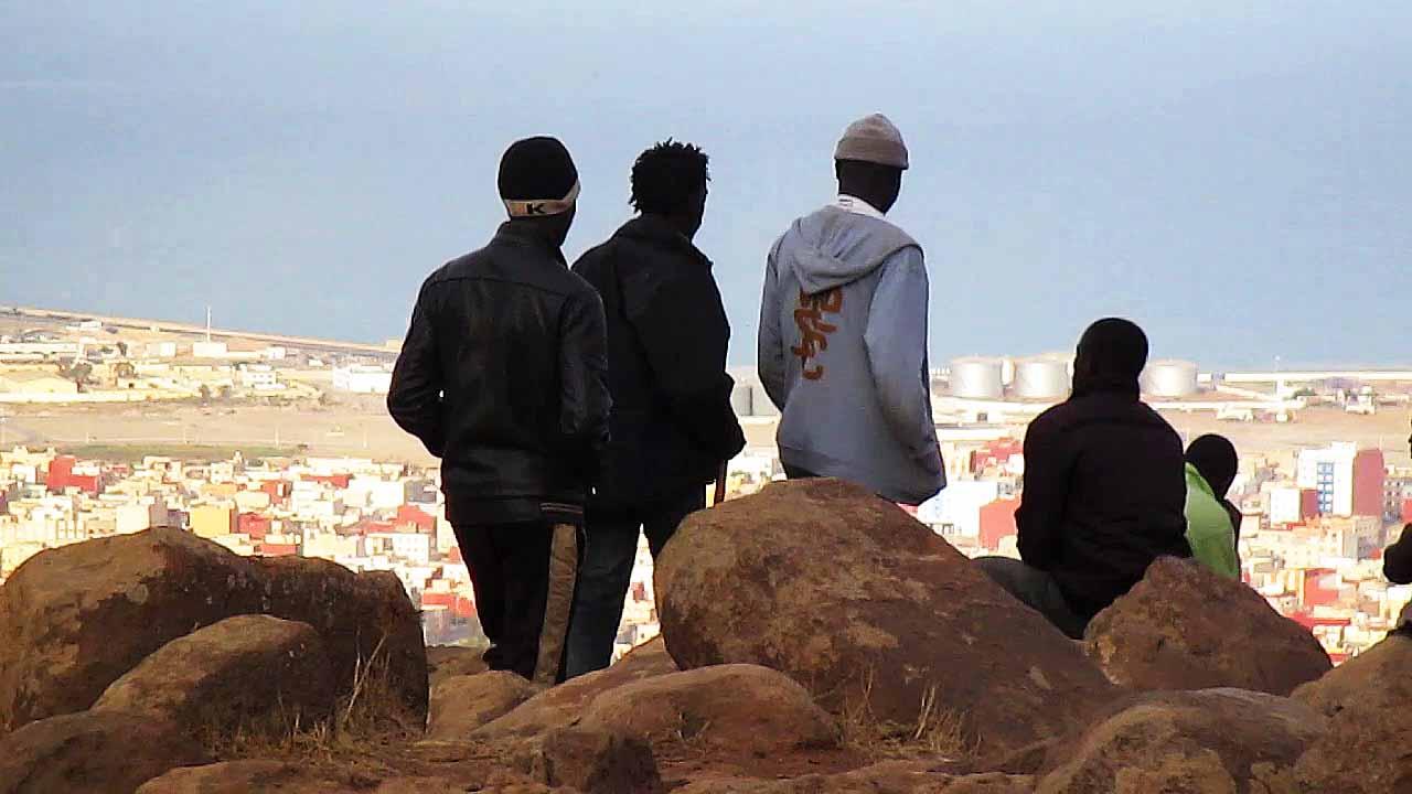 THOSE_WHO_JUMP_02_-®FINAL_CUT_FOR_REAL_photos_Abou_Bakar_Sidibe¦ü